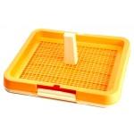 Туалет под пеленку с сеткой, столбиком для кобеля М (48,3x40,3х4cм), P 683